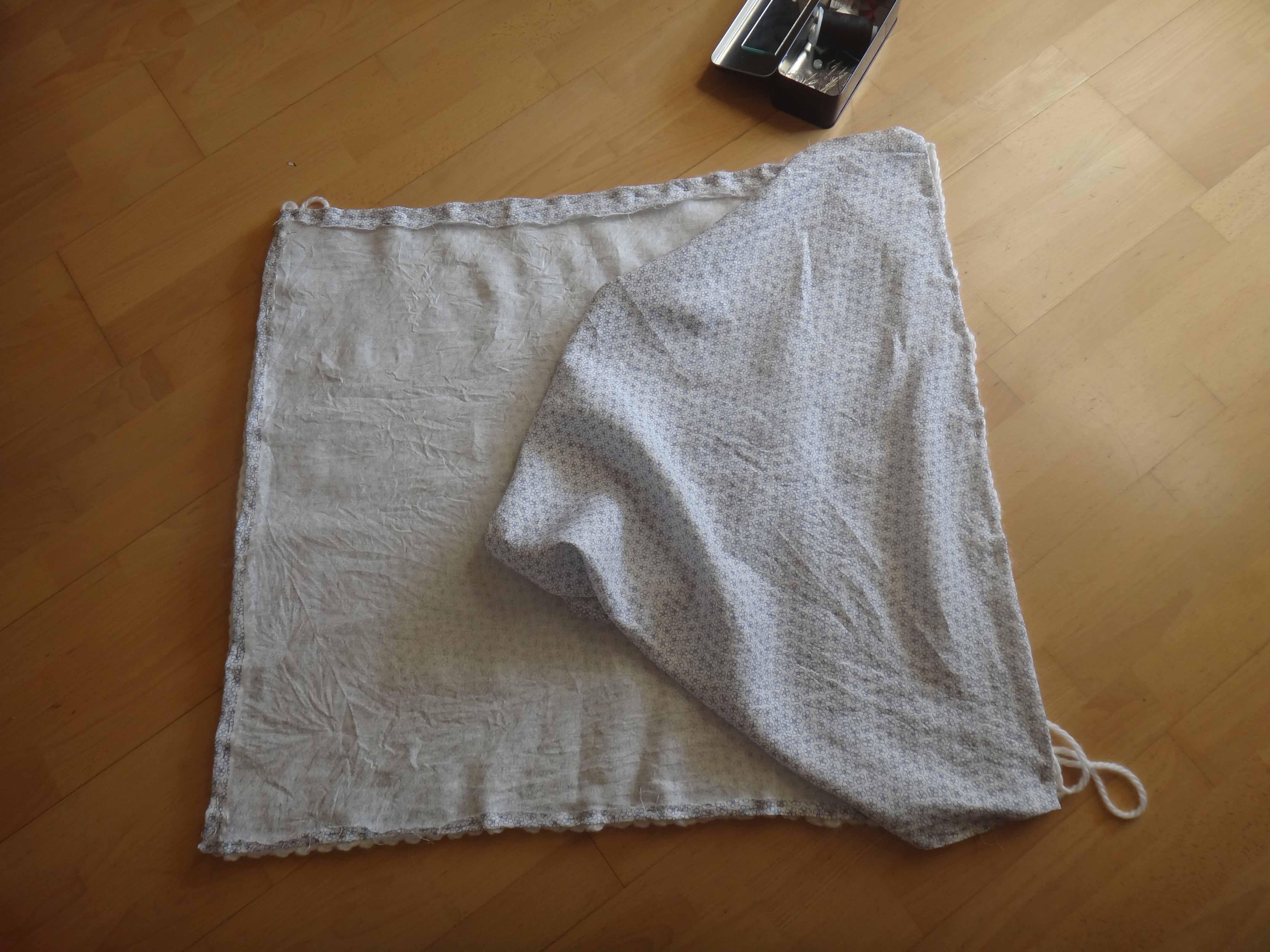 Tuto : La couverture en laine, travail d'equipe, mère/fille !  Tuto : La couverture en laine, travail d'equipe, mère/fille !