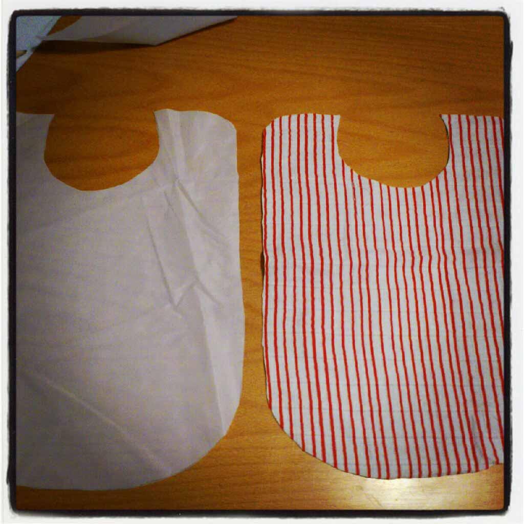 ♡ Tuto recyclage : Bavoir lange, tissus et elastiques