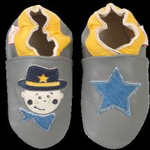 Petits chaussons pour petits pieds  Petits chaussons pour petits pieds  Petits chaussons pour petits pieds