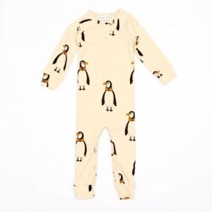 J'ai mis dans mon panier des vêtements trendy pour mon bébé