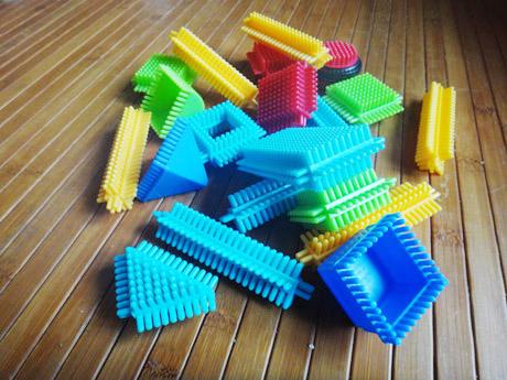 Les jouets préférés de Mister A  Les jouets préférés de Mister A  Les jouets préférés de Mister A