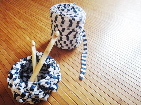 J'ai découvert le trapilho (Tricot/crochet XXL)  J'ai découvert le trapilho (Tricot/crochet XXL)  J'ai découvert le trapilho (Tricot/crochet XXL)