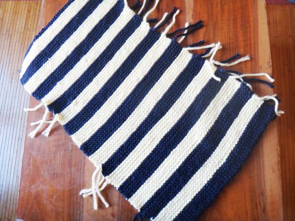 Un coussin en tricot