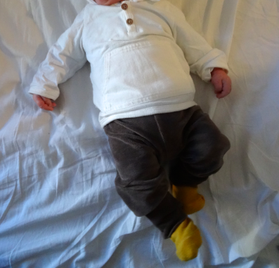Les petites tenues de bebé Luciole  Les petites tenues de bebé Luciole  Les petites tenues de bebé Luciole  Les petites tenues de bebé Luciole  Les petites tenues de bebé Luciole
