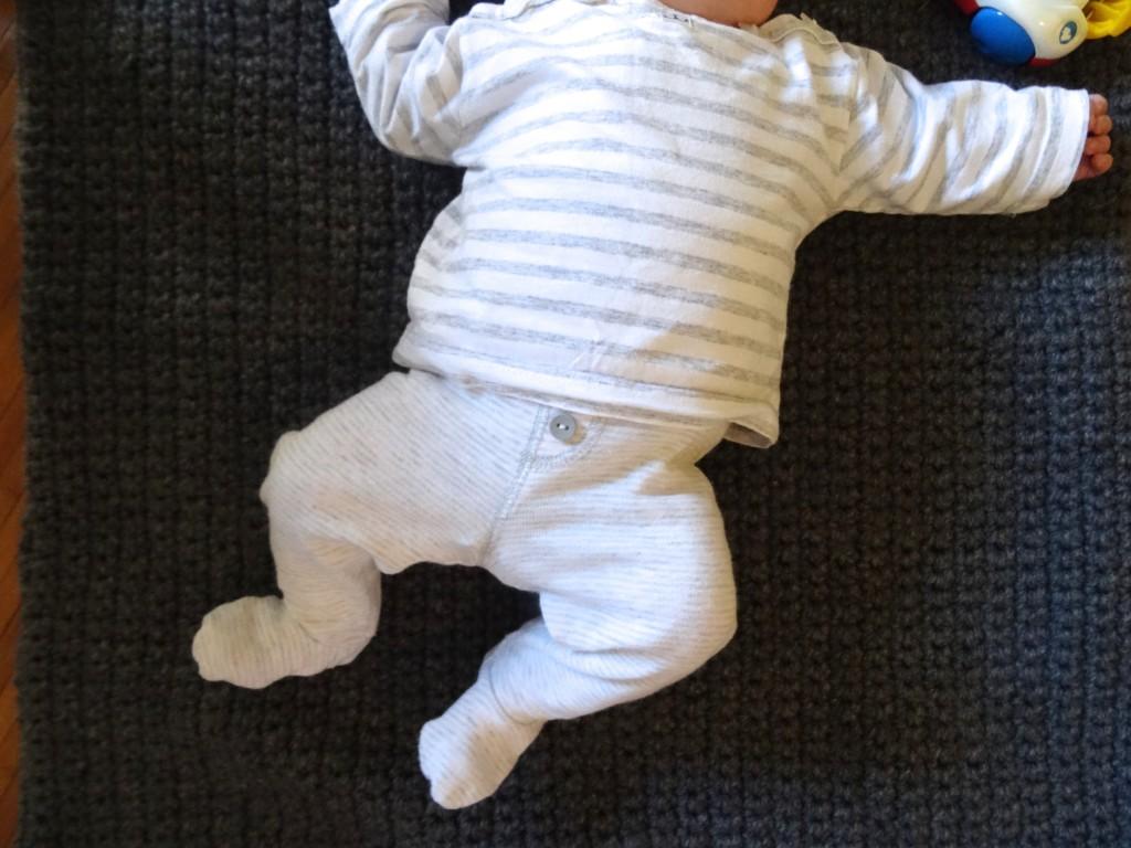 Les petites tenues de bebé Luciole  Les petites tenues de bebé Luciole  Les petites tenues de bebé Luciole