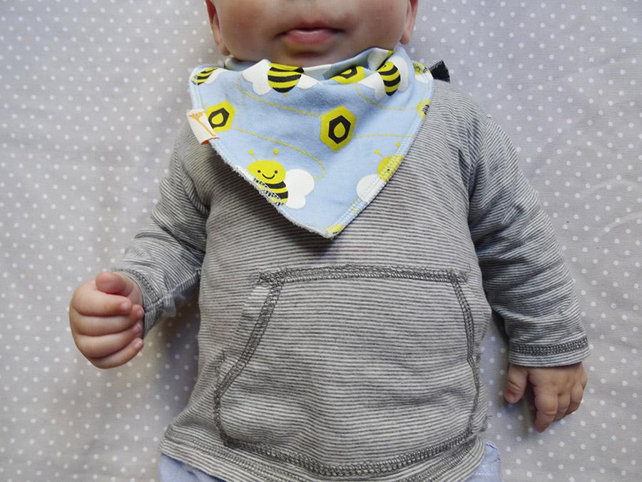 Les petites tenues de BB luciole (concours)