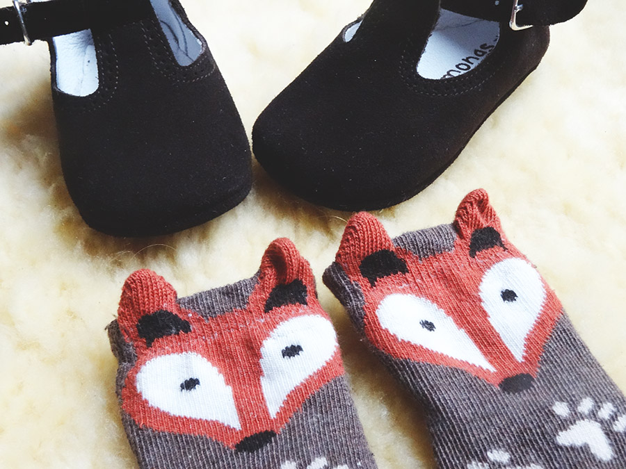 Des petits pieds en Pisamonas  Des petits pieds en Pisamonas  Des petits pieds en Pisamonas  Des petits pieds en Pisamonas