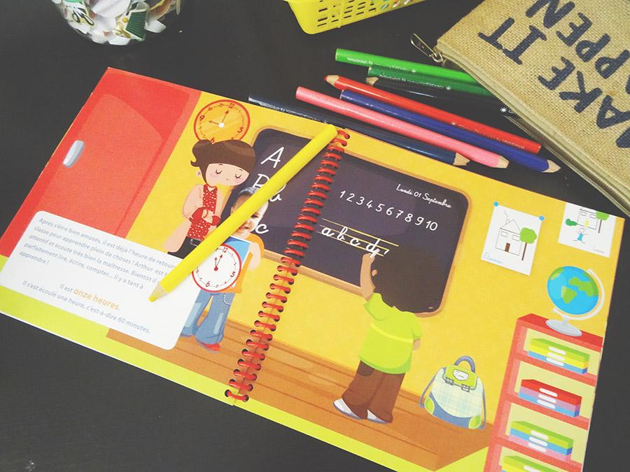 Un petit livre pour l'aider à raconter ses journées d'école