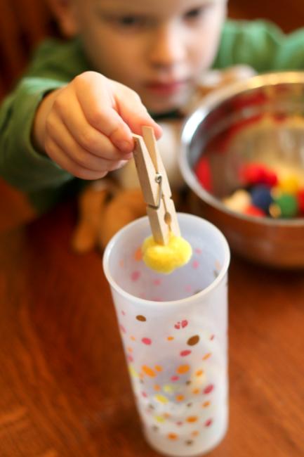 Activités de motricité fine pour enfants et bébés