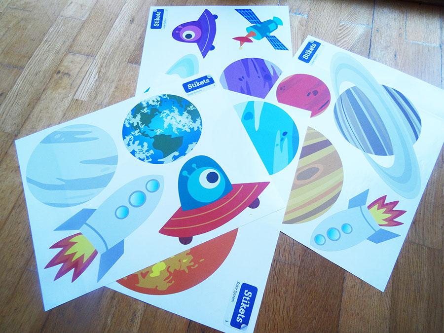 Stickers enfants de chez Stikets pour la jolie chambre de Mister A