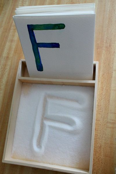 Apprendre les lettres en s amusant