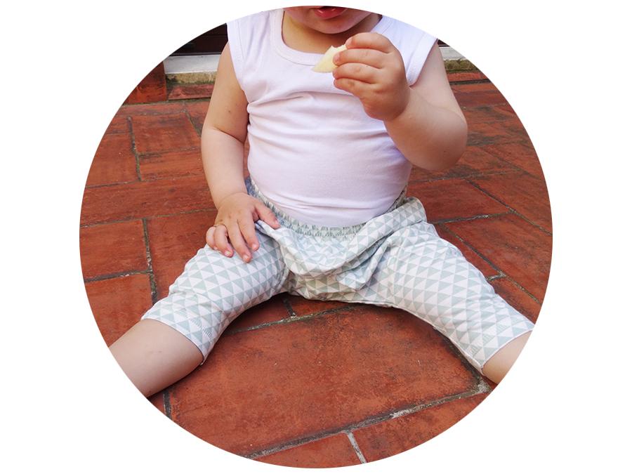 Les petits sarouels d'été de bébé luciole