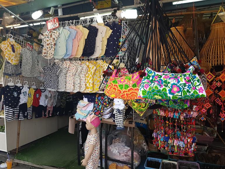 2 ème jour à Bangkok : Le chatuchak market et le Children Museum  2 ème jour à Bangkok : Le chatuchak market et le Children Museum