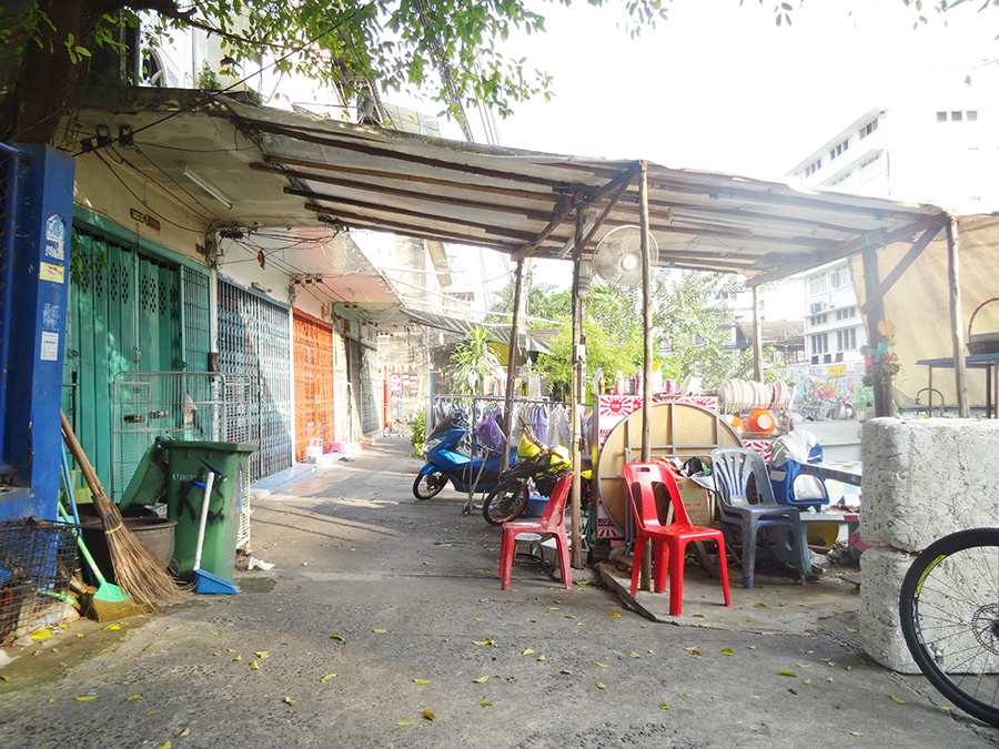 Notre arrivée à Bangkok et Koh san Road  Notre arrivée à Bangkok et Koh san Road  Notre arrivée à Bangkok et Koh san Road  Notre arrivée à Bangkok et Koh san Road  Notre arrivée à Bangkok et Koh san Road  Notre arrivée à Bangkok et Koh san Road  Notre arrivée à Bangkok et Koh san Road  Notre arrivée à Bangkok et Koh san Road