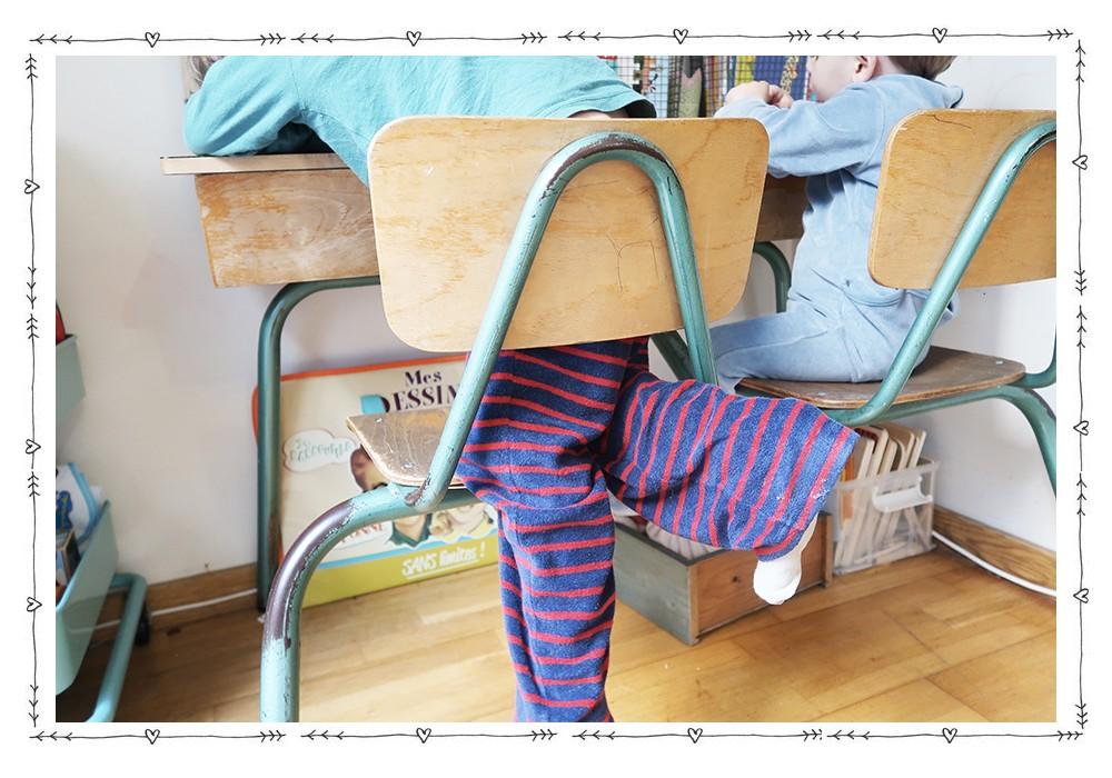 Un coin bureau enfant dans le salon