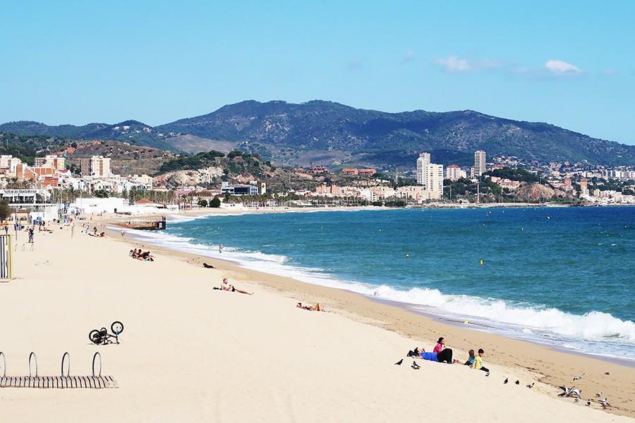 Il n'y a pas que Barcelona dans la vie, il y a Badalona aussi  Il n'y a pas que Barcelona dans la vie, il y a Badalona aussi  Il n'y a pas que Barcelona dans la vie, il y a Badalona aussi