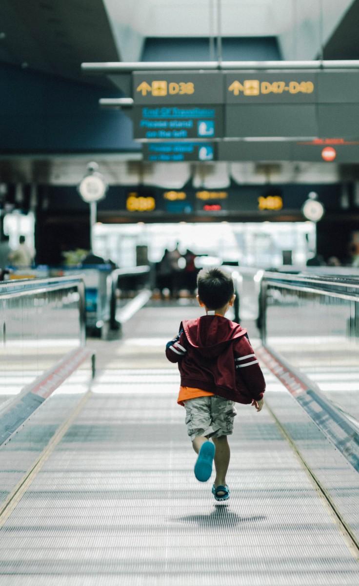 Astuces et conseils pour voyager sereinement en famille