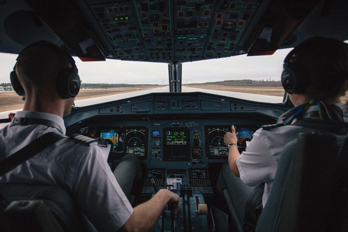 Vaincre sa peur de l'avion : Astuces et conseils  Vaincre sa peur de l'avion : Astuces et conseils  Vaincre sa peur de l'avion : Astuces et conseils  Vaincre sa peur de l'avion : Astuces et conseils