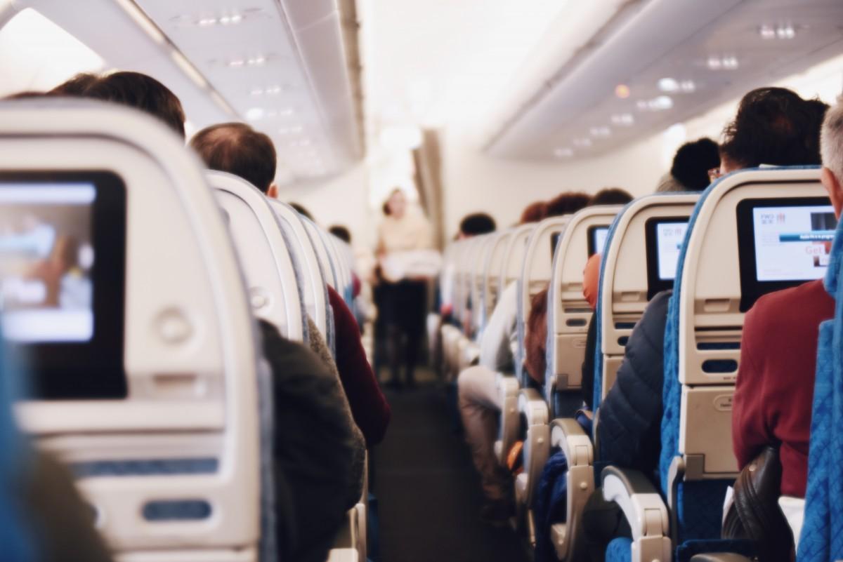 Vaincre sa peur de l'avion : Astuces et conseils  Vaincre sa peur de l'avion : Astuces et conseils