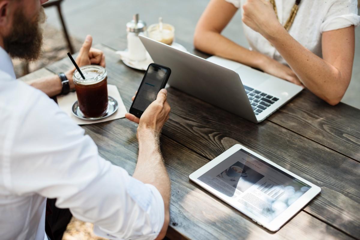 Freelance VS entreprise, quel est le meilleur équilibre ?  Freelance VS entreprise, quel est le meilleur équilibre ?