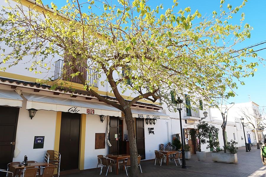Ibiza jour 2 : Santa Gertrudis, es Canar et Cala Beniras  Ibiza jour 2 : Santa Gertrudis, es Canar et Cala Beniras  Ibiza jour 2 : Santa Gertrudis, es Canar et Cala Beniras