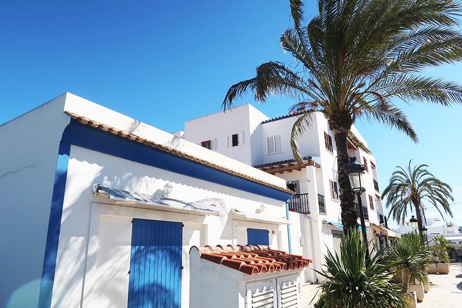 Ibiza jour 2 : Santa Gertrudis, es Canar et Cala Beniras