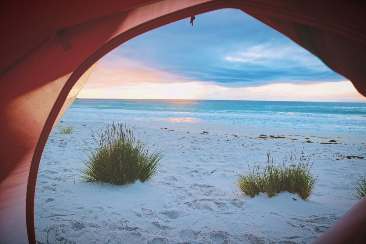 Un van ou une voiture avec une tente pour les vacances ?  Un van ou une voiture avec une tente pour les vacances ?  Un van ou une voiture avec une tente pour les vacances ?  Un van ou une voiture avec une tente pour les vacances ?  Un van ou une voiture avec une tente pour les vacances ?
