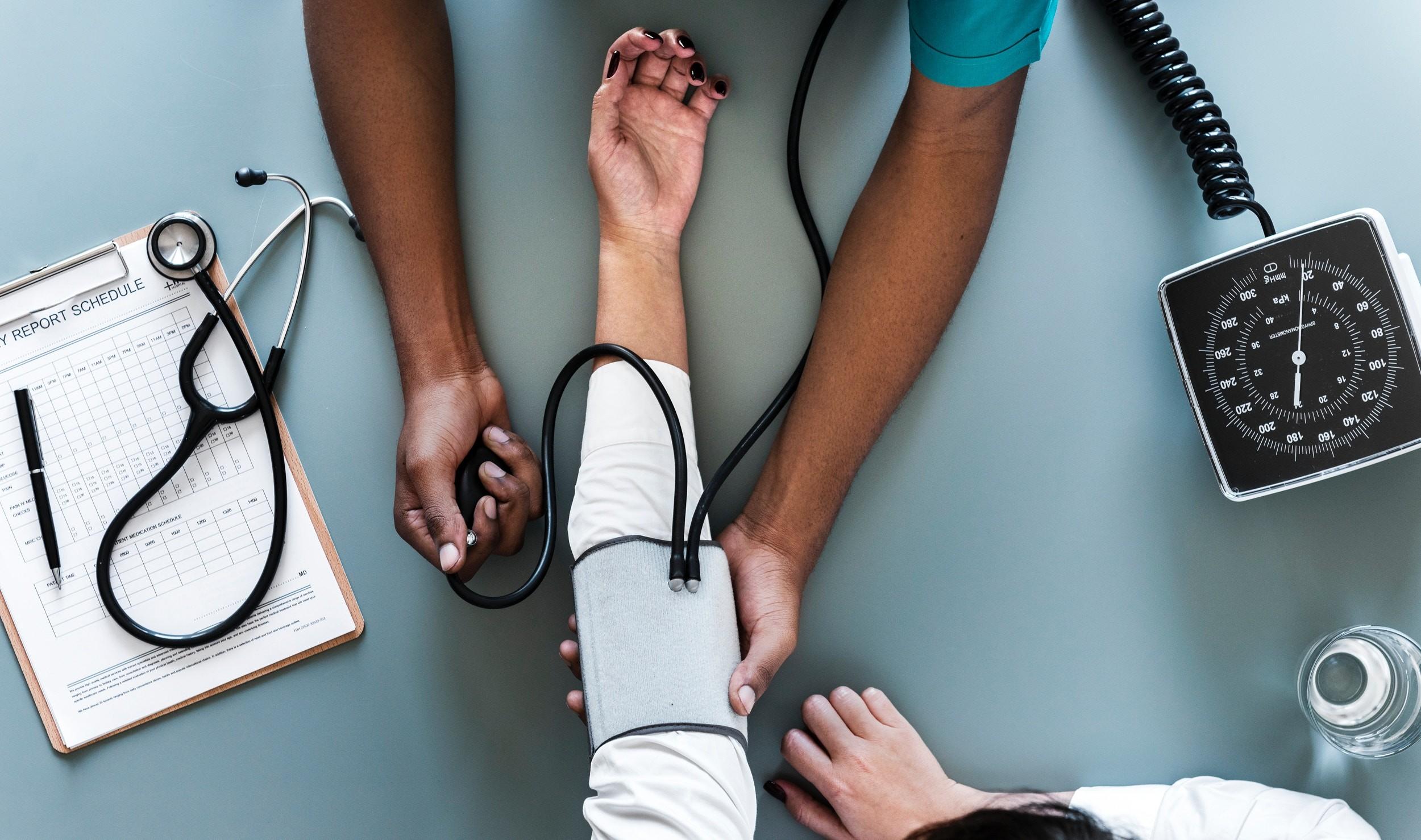 Check-up santé avant un départ en voyage