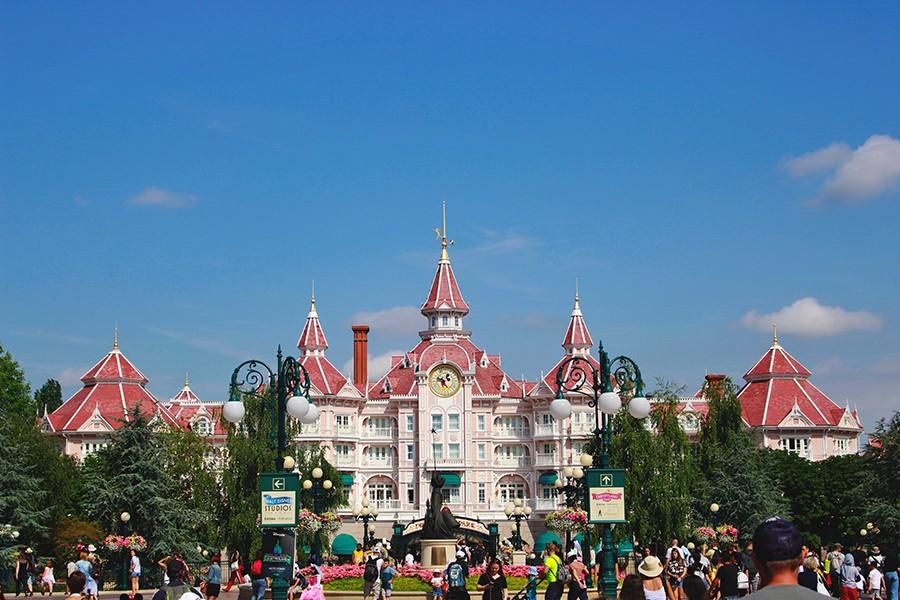 Quel est le meilleur âge pour emmener son enfant à Disney ?