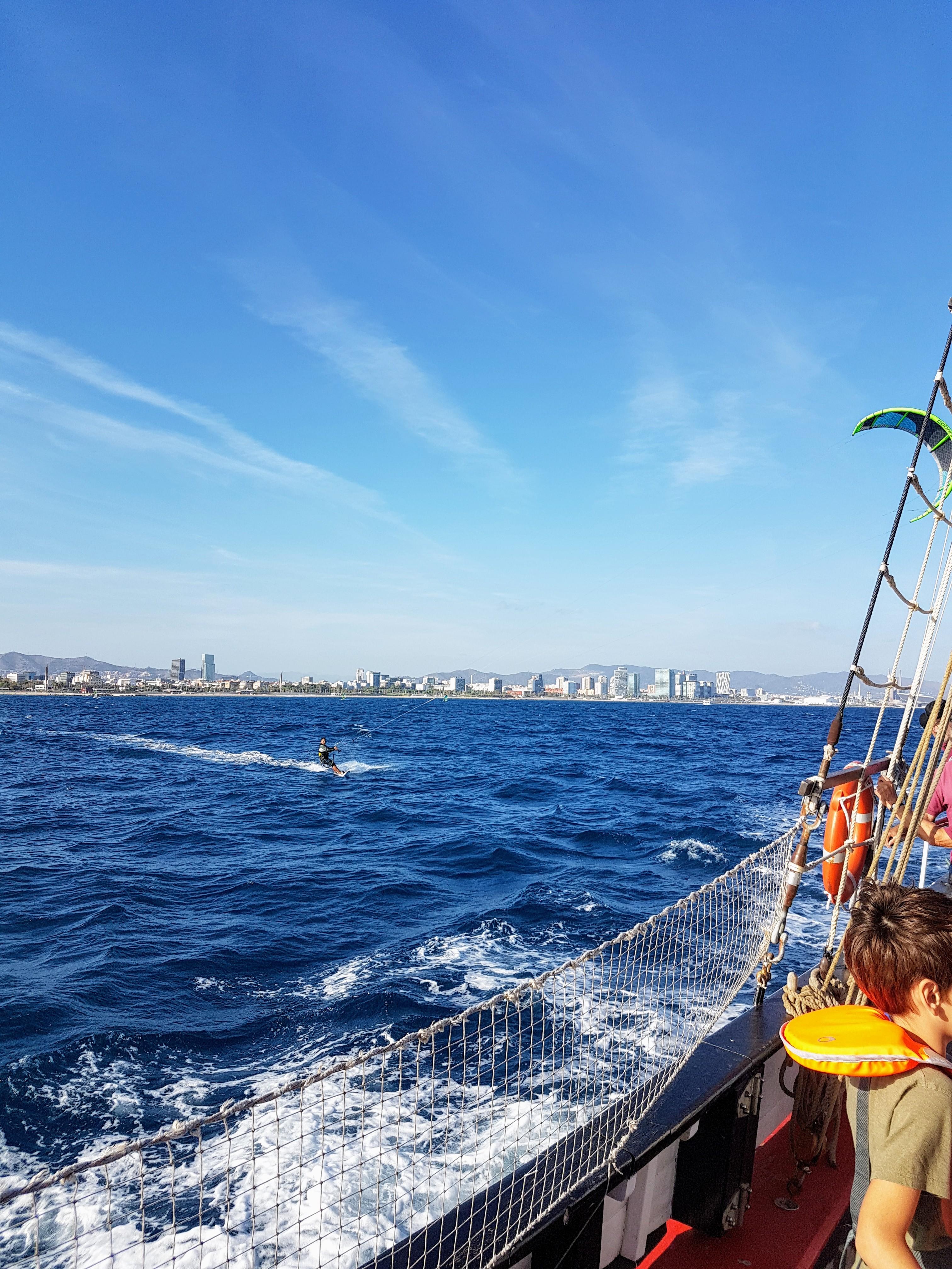 Un après-midi en mer sur le voilier Quetx pour le salon nautique de Barcelone