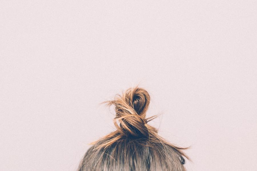 Cure de sébum, bonne ou mauvaise idée ? Les alternatives