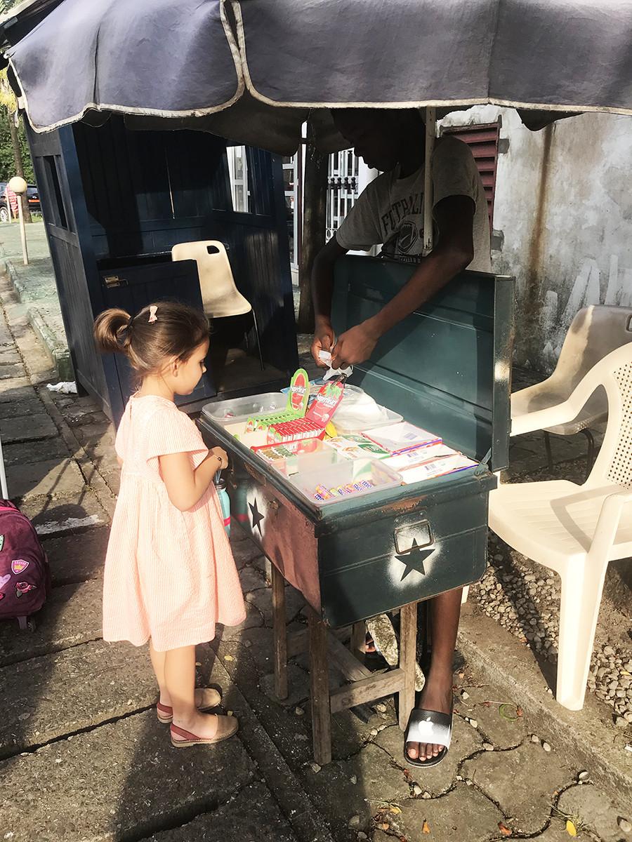 Vivre au Cameroun avec des enfants : l'interview d'Audrey