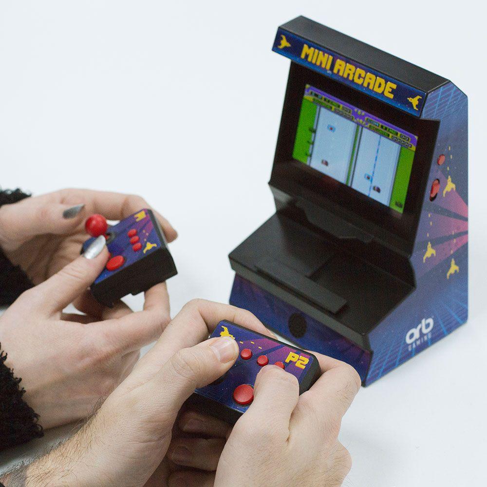 300 jeux 8 bits pré-installlés
